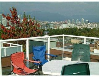 """Photo 5: 2393 OAK ST in Vancouver: Fairview VW Townhouse for sale in """"OAK PLACE"""" (Vancouver West)  : MLS®# V557131"""