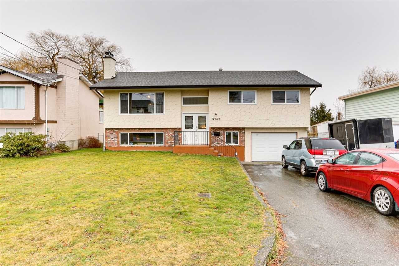Main Photo: 9262 JAMES Street in Chilliwack: Chilliwack E Young-Yale House for sale : MLS®# R2539829