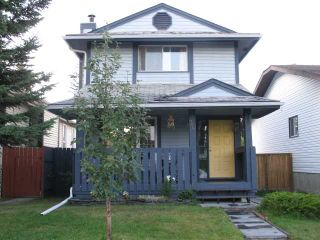 Photo 1: 30 WOODGLEN Crescent SW in CALGARY: Woodbine Residential Detached Single Family for sale (Calgary)  : MLS®# C3582848