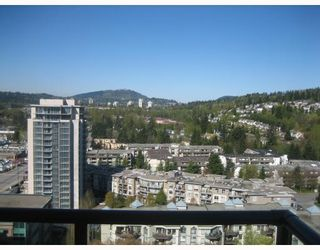 "Photo 2: 2105 1185 THE HIGH Street in Coquitlam: North Coquitlam Condo for sale in ""CLAREMONT"" : MLS®# V778704"