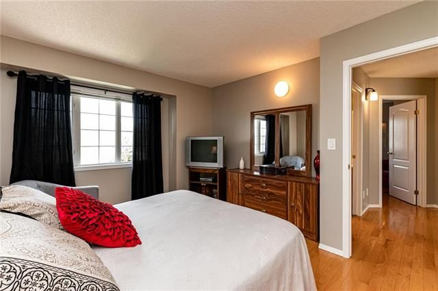 Photo 11: Photos: 49 Gobert Crescent in Winnipeg: River Park South Residential for sale (2F)  : MLS®# 1913790