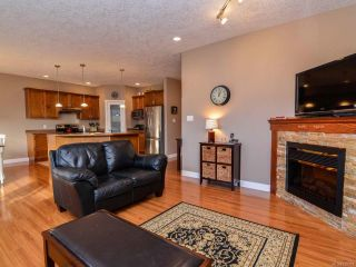 Photo 5: 950 Cordero Cres in CAMPBELL RIVER: CR Willow Point House for sale (Campbell River)  : MLS®# 719107