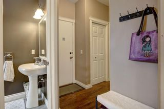 Photo 15: 30 Simcrest Manor SW in Calgary: Signal Hill Detached for sale : MLS®# A1146154