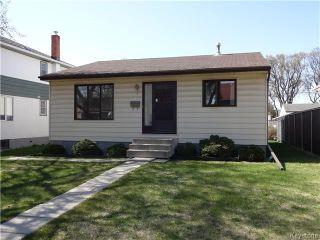 Photo 1: 236 Kimberly Avenue in Winnipeg: East Kildonan Residential for sale (North East Winnipeg)  : MLS®# 1611592