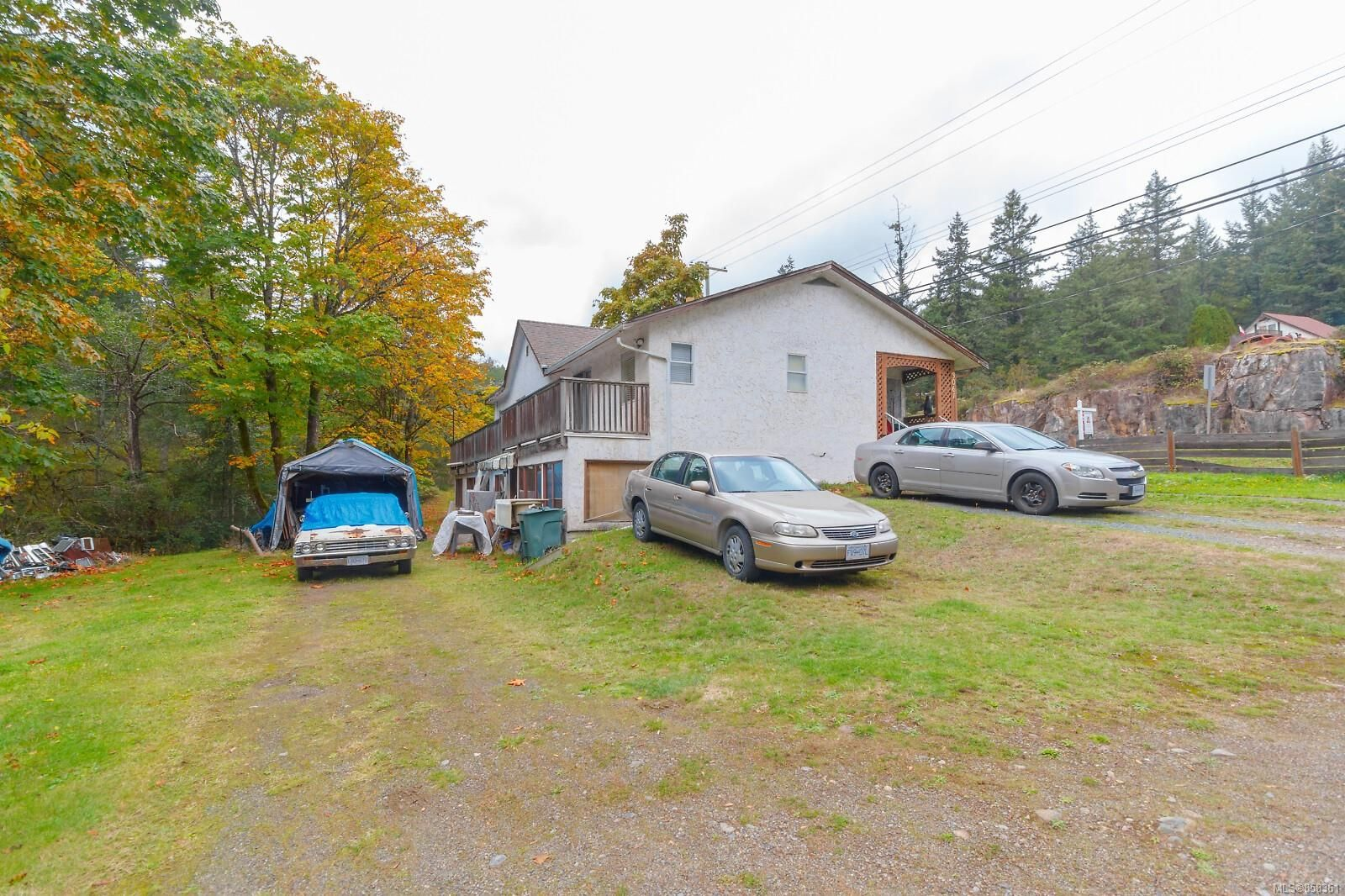 Main Photo: 3061 Sooke Rd in : La Humpback House for sale (Langford)  : MLS®# 858361