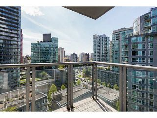 Photo 7: 1501 535 NICOLA Street in Vancouver: Coal Harbour Condo for sale (Vancouver West)  : MLS®# V1120857