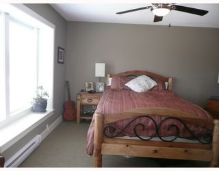 """Photo 6: 6368 PICADILLY Place in Sechelt: Sechelt District House for sale in """"WEST SECHELT"""" (Sunshine Coast)  : MLS®# V774741"""