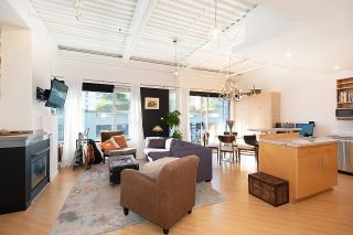 """Photo 7: 511 549 COLUMBIA Street in New Westminster: Downtown NW Condo for sale in """"C2C Lofts"""" : MLS®# R2601275"""