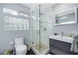 """Photo 15: 363 E 30TH Avenue in Vancouver: Main House for sale in """"MAIN STREET"""" (Vancouver East)  : MLS®# V1085412"""