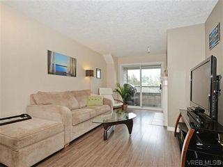 Photo 2: 306 971 McKenzie Ave in VICTORIA: SE Quadra Condo for sale (Saanich East)  : MLS®# 696676