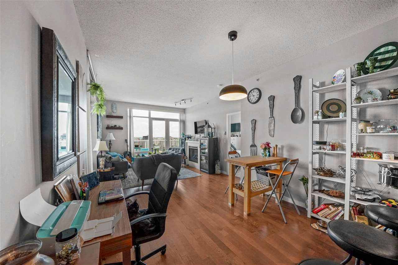 """Photo 9: Photos: PH7 39 SIXTH Street in New Westminster: Downtown NW Condo for sale in """"QUANTUM"""" : MLS®# R2575142"""