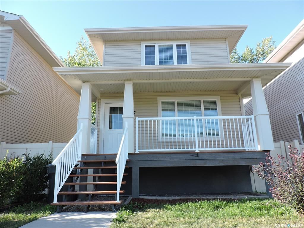 Main Photo: 18 87 Cameron Way in Yorkton: South YO Residential for sale : MLS®# SK820885