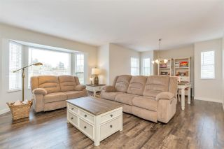 """Photo 10: 34616 CALDER Place in Abbotsford: Abbotsford East House for sale in """"McMillan"""" : MLS®# R2563991"""