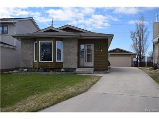 Photo 1: 114 Pinetree Crescent in Winnipeg: Riverbend Residential for sale (4E)  : MLS®# 1709745