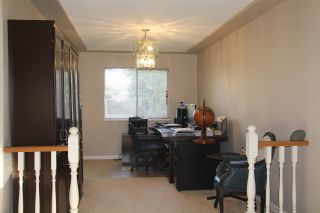 Photo 3: 14393 77 Avenue in Surrey: East Newton House for sale : MLS®# R2449645