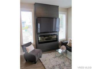 Photo 7: 112 2726 Peatt Rd in VICTORIA: La Langford Proper Row/Townhouse for sale (Langford)  : MLS®# 748828