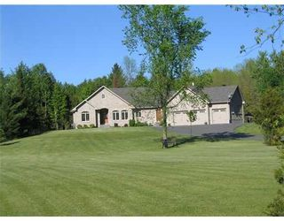 Photo 1: 3464 Greenland Rd in Dunrobin: Dunrobin Shores Residential Detached for sale (9304)  : MLS®# 759508