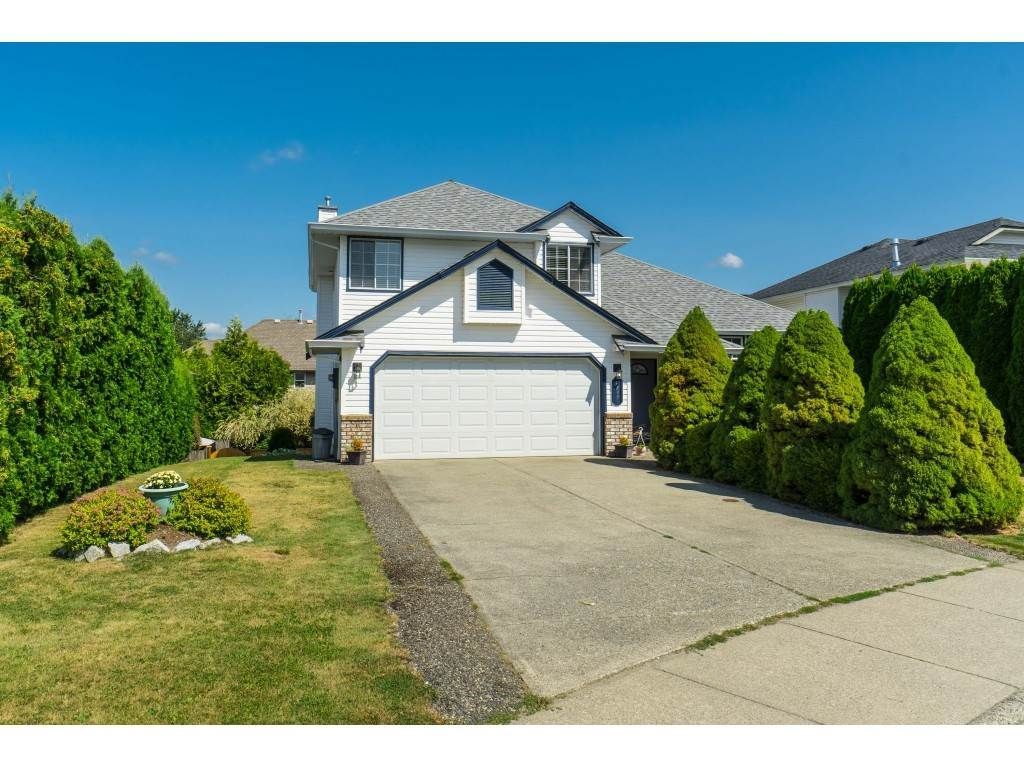 Main Photo: 32621 KUDO Drive in Mission: Mission BC House for sale : MLS®# R2398338
