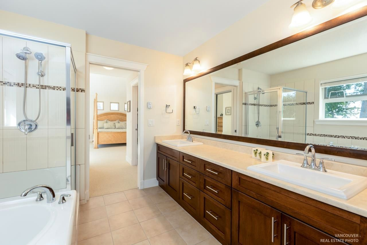 Photo 19: Photos: 1335 KERRY COURT in Coquitlam: Burke Mountain House for sale : MLS®# R2597178