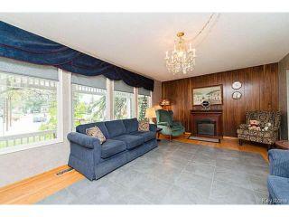 Photo 2: 5 McMurray Bay in WINNIPEG: St Vital Residential for sale (South East Winnipeg)  : MLS®# 1417818