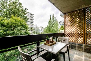 """Photo 4: 401 1165 BURNABY Street in Vancouver: West End VW Condo for sale in """"QU'APPELLE"""" (Vancouver West)  : MLS®# R2391327"""