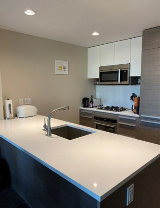Photo 6: 2107 4485 SKYLINE Drive in Burnaby: Brentwood Park Condo for sale (Burnaby North)  : MLS®# R2418779
