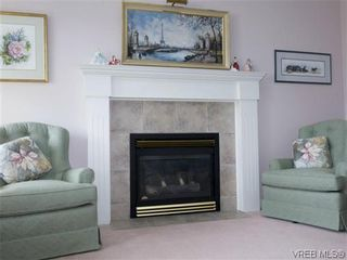 Photo 7: 7972 Polo Park Crescent in SAANICHTON: CS Saanichton Residential for sale (Central Saanich)  : MLS®# 312131