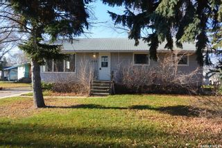 Photo 1: 202 3rd Street West in Carnduff: Residential for sale : MLS®# SK752304