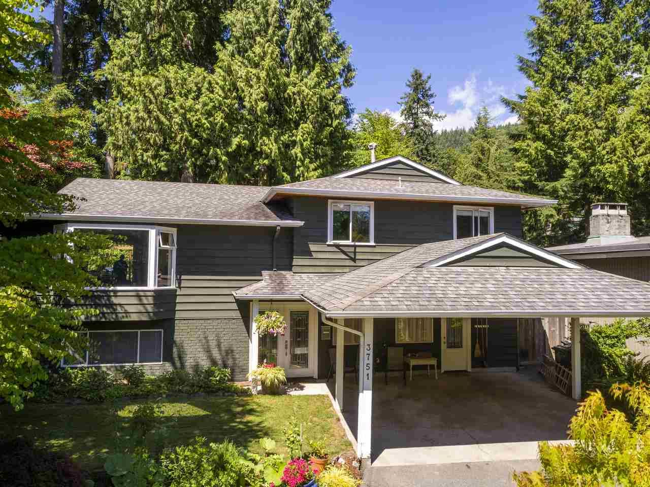 Main Photo: 3751 ROBLIN Place in North Vancouver: Princess Park House for sale : MLS®# R2485057