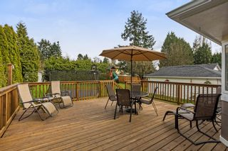 Photo 18: 5896 179 Street in Surrey: Cloverdale BC House for sale (Cloverdale)  : MLS®# R2252561