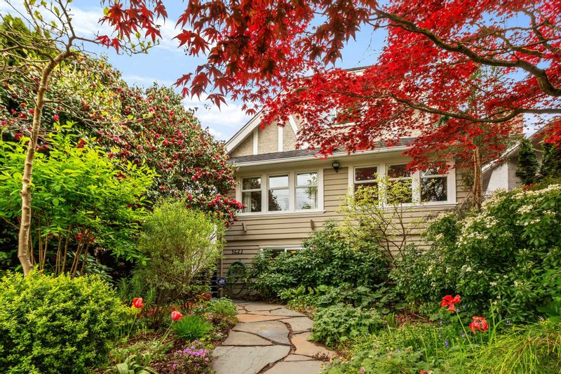 FEATURED LISTING: 3622 17TH Avenue West Vancouver