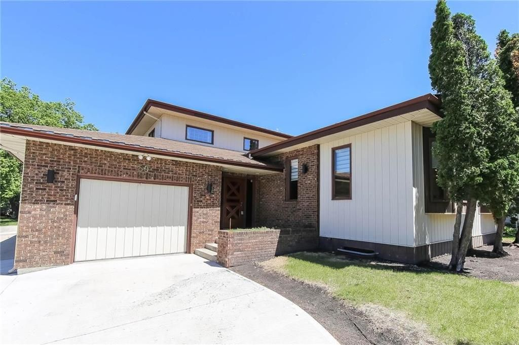 Main Photo: 80 Malcana Street in Winnipeg: North Kildonan Residential for sale (3G)  : MLS®# 202014380