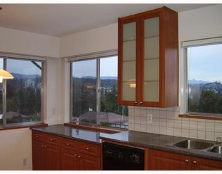 Photo 3: 553 GARFIELD Street in New_Westminster: The Heights NW House for sale (New Westminster)  : MLS®# V733808