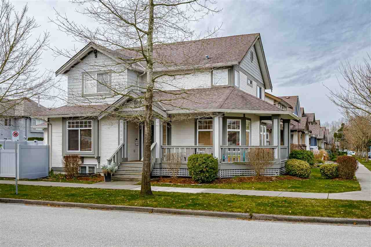 Main Photo: 18896 70 Avenue in Surrey: Clayton House for sale (Cloverdale)  : MLS®# R2552352