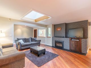 Photo 14: 102 Garner Cres in : Na University District House for sale (Nanaimo)  : MLS®# 857380