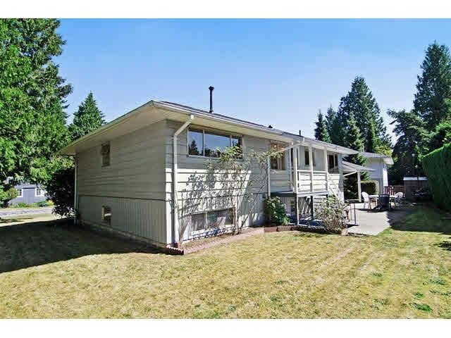 Photo 2: Photos: 1672 HARBOUR Drive in Coquitlam: Harbour Place House for sale : MLS®# R2146452