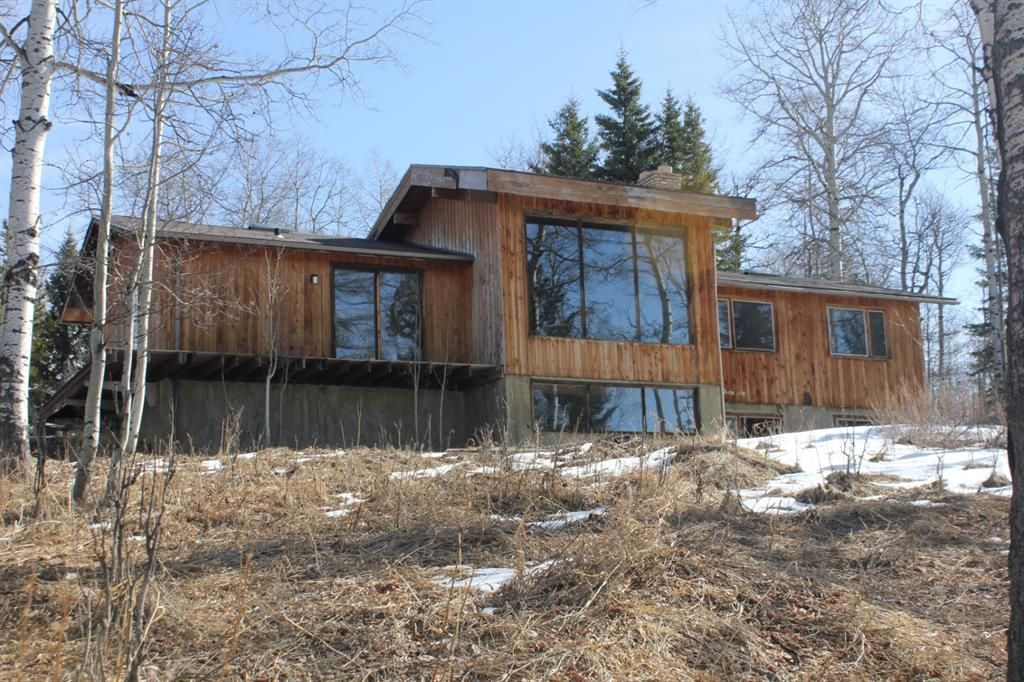 Main Photo: 288056 Hwy 22 W: Rural Foothills County Detached for sale : MLS®# A1087145