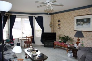 Photo 3: 545 COMMISSION Street in Hope: Hope Center House for sale : MLS®# R2426177