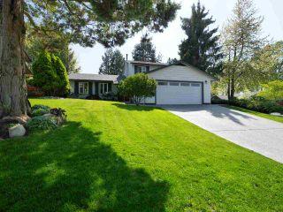 "Main Photo: 10986 WESTRIDGE Place in Delta: Sunshine Hills Woods House for sale in ""Sunshine Hills"" (N. Delta)  : MLS®# R2265666"