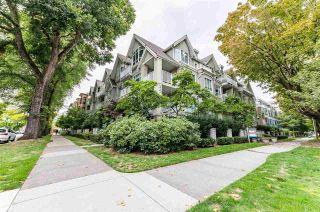 "Photo 3: 305 2755 MAPLE Street in Vancouver: Kitsilano Condo for sale in ""Davenport"" (Vancouver West)  : MLS®# R2508846"