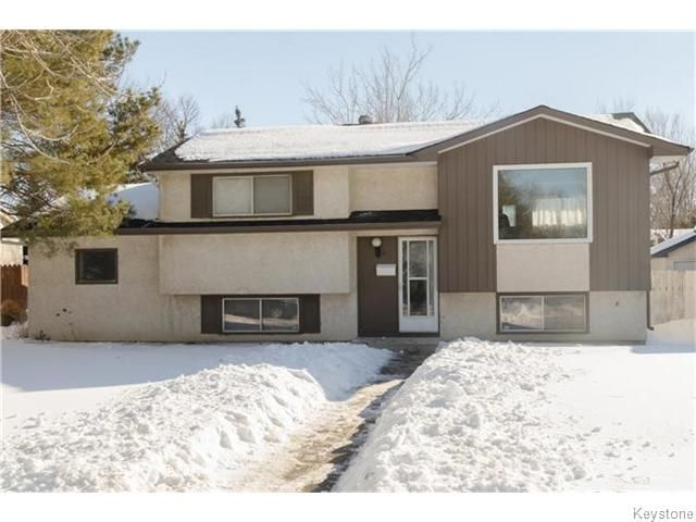 Main Photo: 631 Dalhousie Drive in WINNIPEG: Fort Garry / Whyte Ridge / St Norbert Residential for sale (South Winnipeg)  : MLS®# 1602921