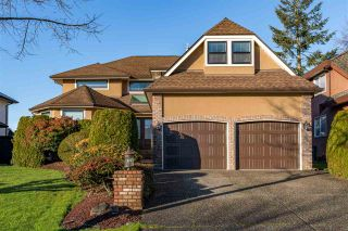 """Photo 1: 5837 189 Street in Surrey: Cloverdale BC House for sale in """"Rosewood Park"""" (Cloverdale)  : MLS®# R2535493"""