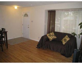 Photo 3: 1481 MANITOBA Avenue in WINNIPEG: North End Residential for sale (North West Winnipeg)  : MLS®# 2915207