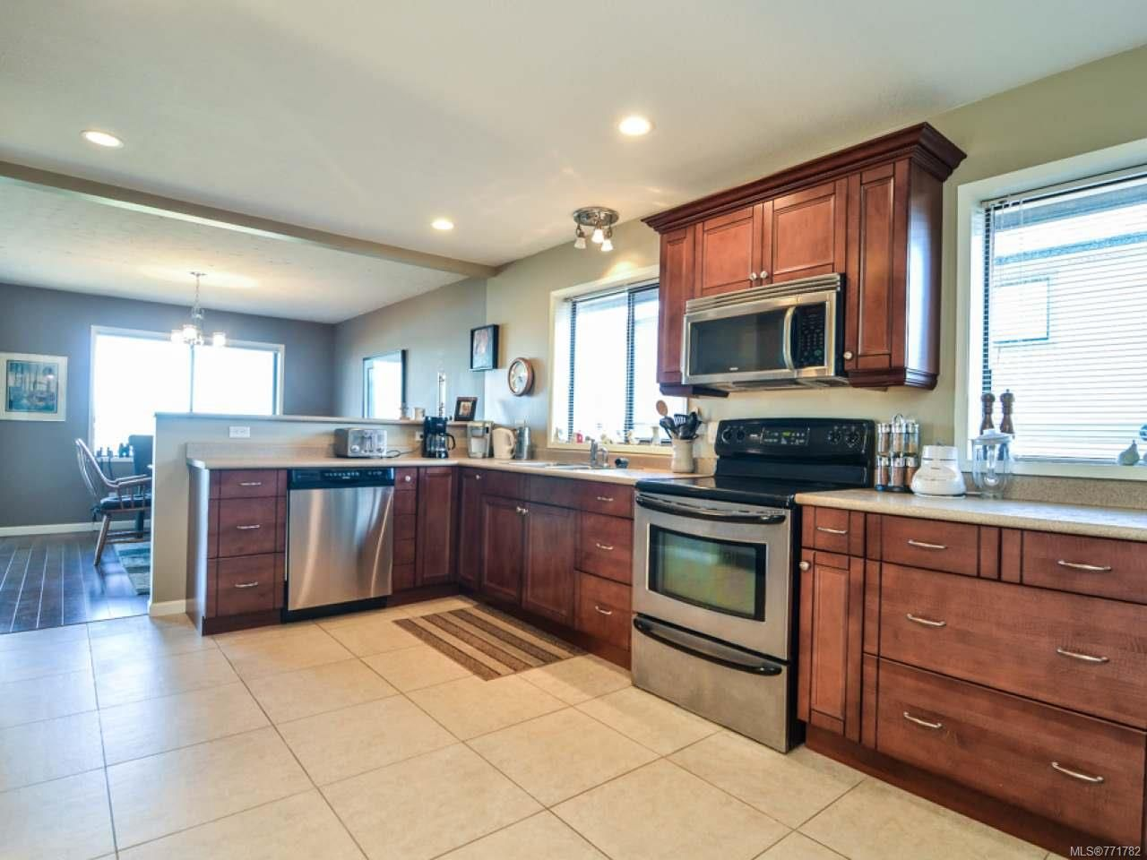 Photo 20: Photos: 451 S McLean St in CAMPBELL RIVER: CR Campbell River Central House for sale (Campbell River)  : MLS®# 771782