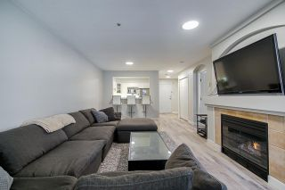 """Photo 14: 104 20125 55A Avenue in Langley: Langley City Condo for sale in """"Blackberry II"""" : MLS®# R2484759"""