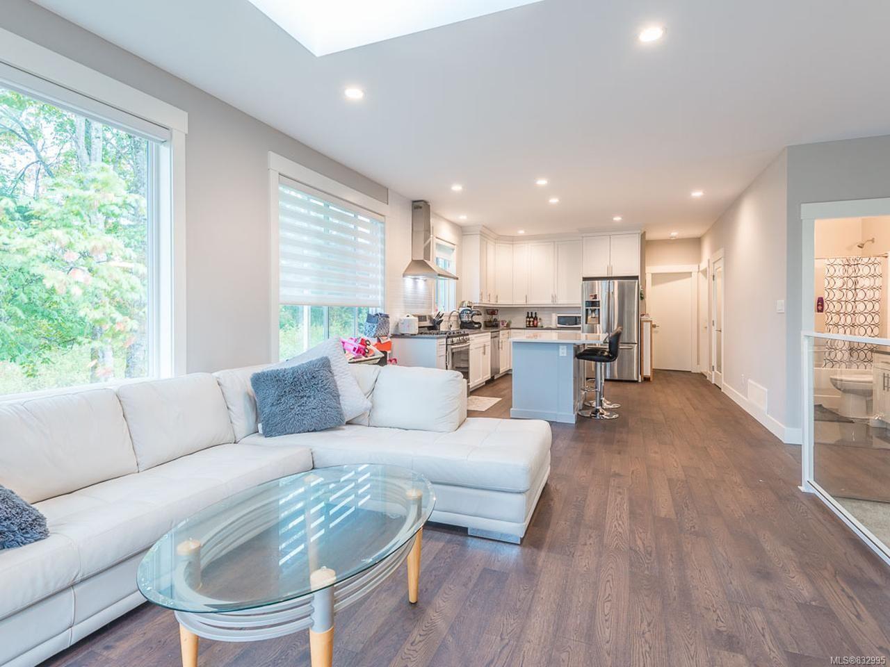 Photo 13: Photos: 5896 Linyard Rd in NANAIMO: Na North Nanaimo House for sale (Nanaimo)  : MLS®# 832995