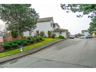 Photo 3: 2 2575 MCADAM Road in Abbotsford: Abbotsford East Townhouse for sale : MLS®# R2530109