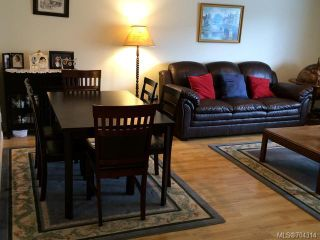 Photo 3: A 1603 BURGESS ROAD in COURTENAY: CV Courtenay City Half Duplex for sale (Comox Valley)  : MLS®# 704314