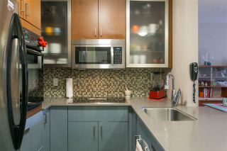 """Photo 11: 317 555 W 14TH Avenue in Vancouver: Fairview VW Condo for sale in """"CAMBRIDGE PLACE"""" (Vancouver West)  : MLS®# R2213308"""