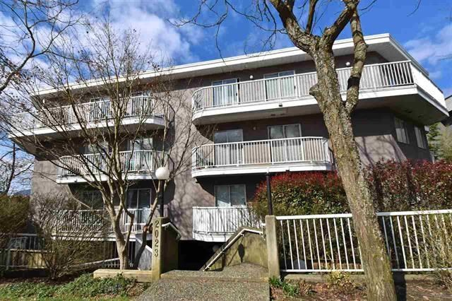 """Main Photo: 105 2023 FRANKLIN Street in Vancouver: Hastings Condo for sale in """"LESLIE POINT"""" (Vancouver East)  : MLS®# R2203858"""